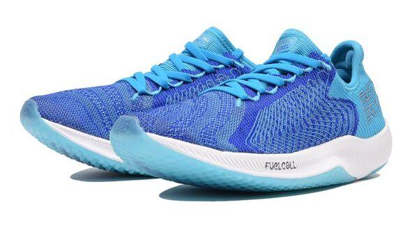 נעלי ריצה NEW BALANCE FUELCELL בנויות לריצה מהירה ואינטנסיבית, , large image number null