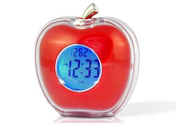המתנה המושלמת לכל בית ולכל חדר! שעון מעורר בעיצוב תפוח, מקריא את השעה ומודד את טמפרטורת החדר - קל לשימוש ונוח לתיפעול, , large image number null